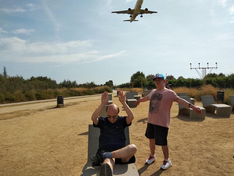 Tarannà Les Hortènsies a l'Aeroport del Prat