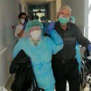 Pacient de 74 anys recuperat de Covid-19 a Can Torras